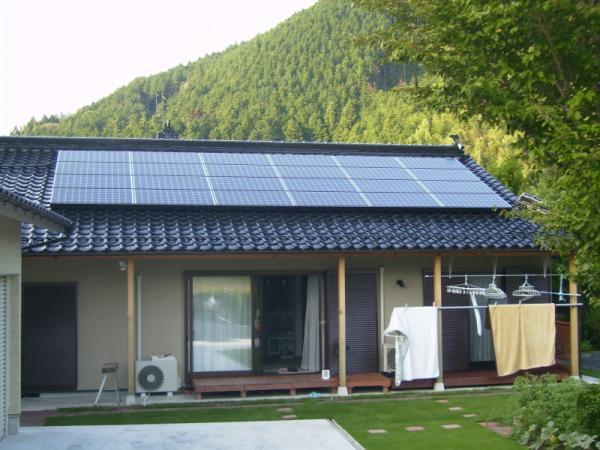津山市 H様邸 エコキュート+太陽光発電